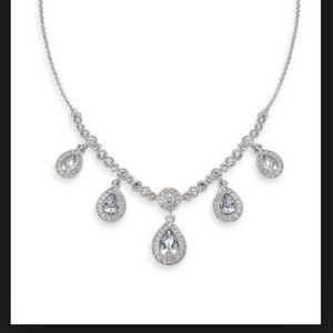 """NWT CAROLEE 16"""" Silver Frontal Pear Drop Necklace"""